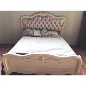 8801-A. Кровать (160х200) , высокое изножье, изг. — экокожа со стяжками