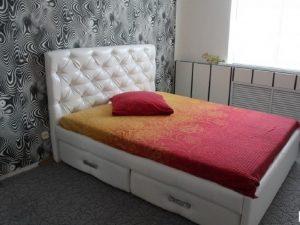Интерьерная кровать Хезер