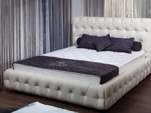 Интерьерная кровать Венеция