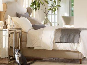 Интерьерная кровать Монс